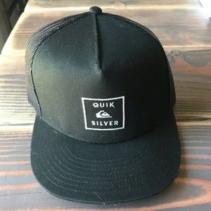 Quicksilver Hat NWOT